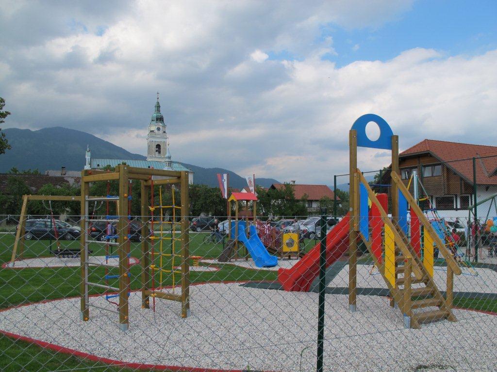 Детский сад в Словении площадка