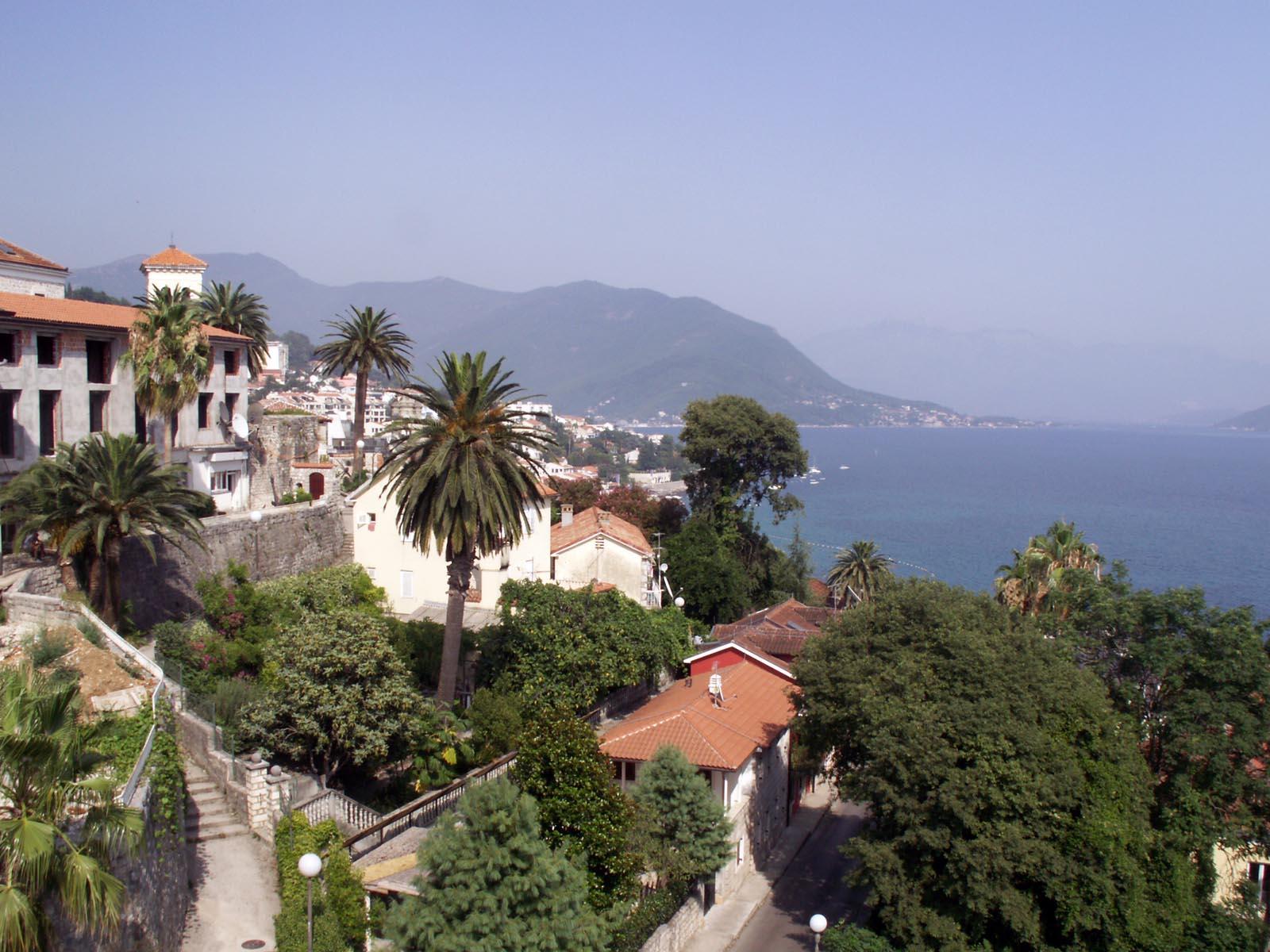 Что с недвижимостью в черногории