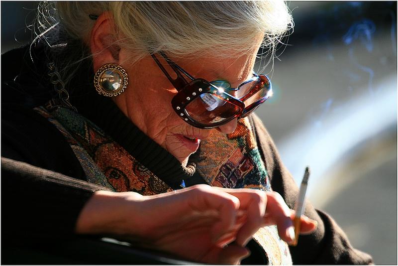 old-lady-smoking