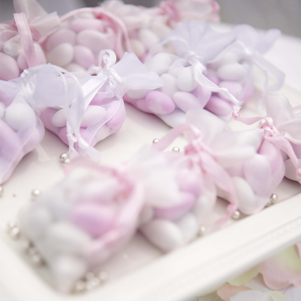 sugared-almonds-wedding-bomboniere