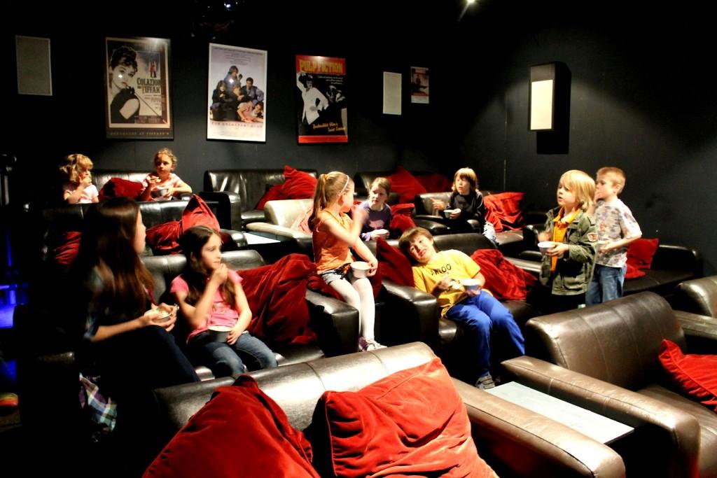 Kids-cinema-party