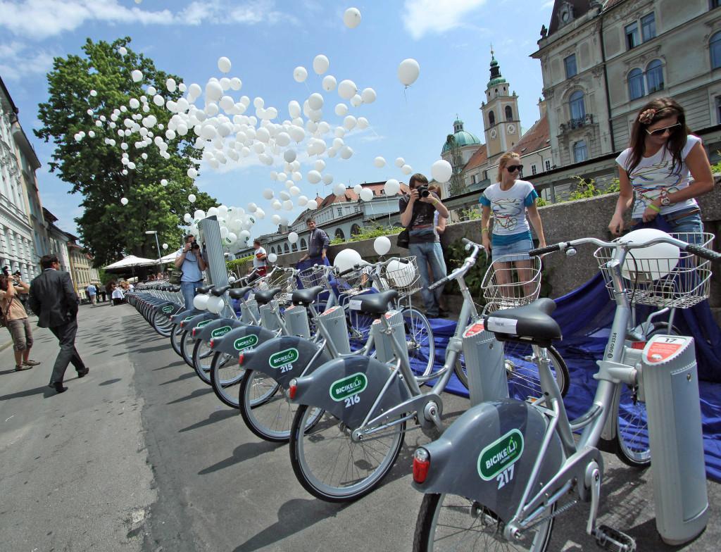 Ljubljana 12.04.11, BICIKELJ, mestna kolesa, otvoritev, izposoja koles, foto: Benjamin Kovac