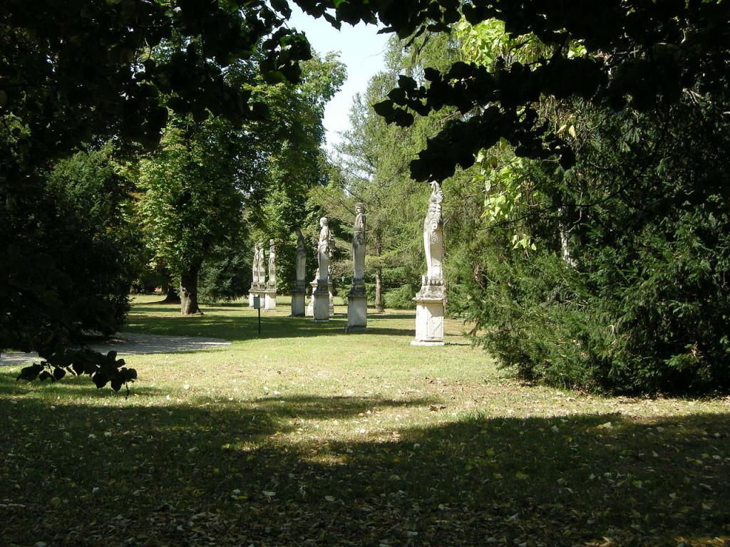 villa-manin-parco