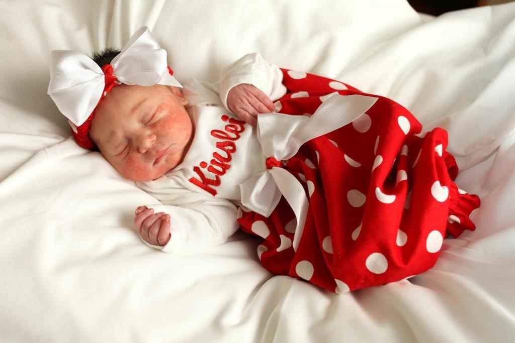 newborn-girl