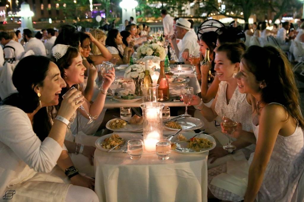 dinner-in-white