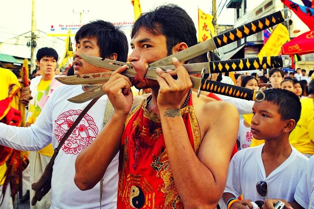 phuket-vegetarian-festival