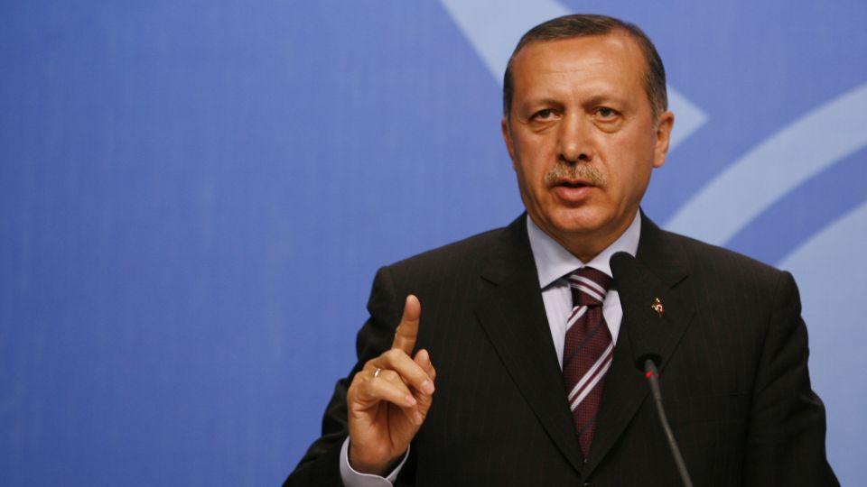 Эрдоган грозит Европе новой волной беженцев