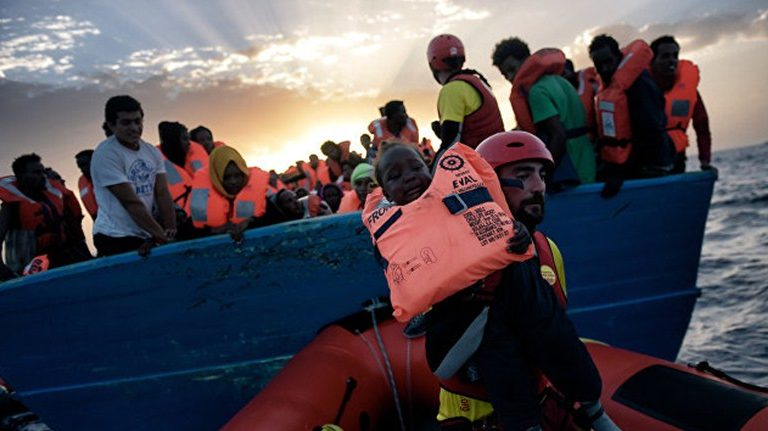 В Средиземном море за три дня утонуло тринадцать мигрантов
