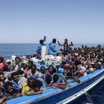 Итальянцы предлагают нелегалам лодки в качестве «такси»