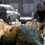 Мигранты устроили массовую драку из-за еды во Франции