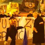 В Польше наказали участника митинга против мигрантов за чучело