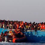 У берегов Испании за сутки спасли около 600 мигрантов