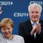 Евросоюз будет изучать соглашение Меркель и Зеехофера
