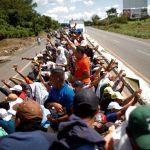 Трамп ожидает бандитов в составе каравана мигрантов