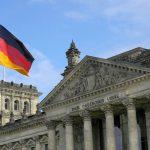 Германия проверяет мигрантов через телефоны