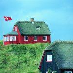 В Дании мигрантов - преступников хотят сослать на остров