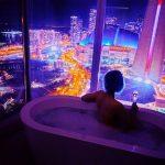 10 сенсационных гостиничных ванн с волшебным видом